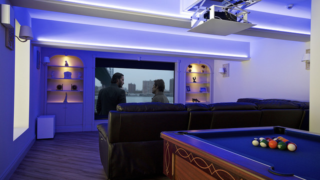 Home_Cinema_by_Raleigh_HiFi_Sound&Vision_6.jpg