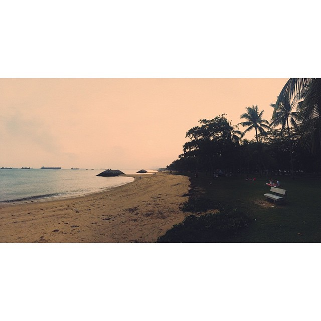 Singapore #fakebeach #sunset #hot #777