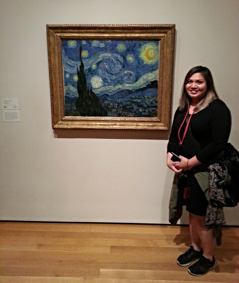 Pauline seeing Van Gogh's Starry Night (1889) for the first time at the Museum of Modern Art