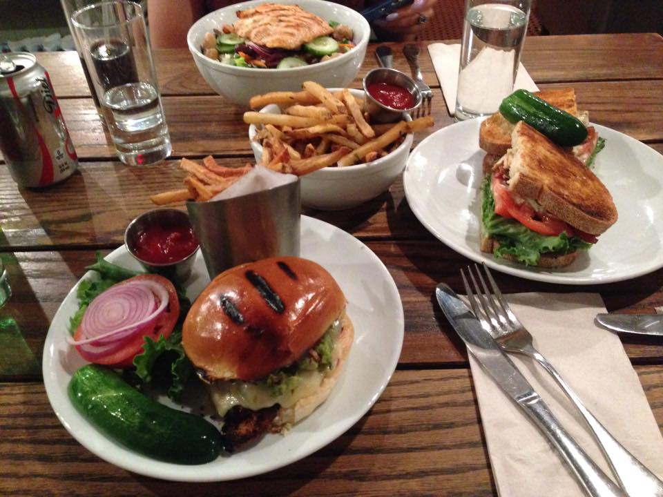 Jessica captures the food love she experienced at Friedman's Lunch!