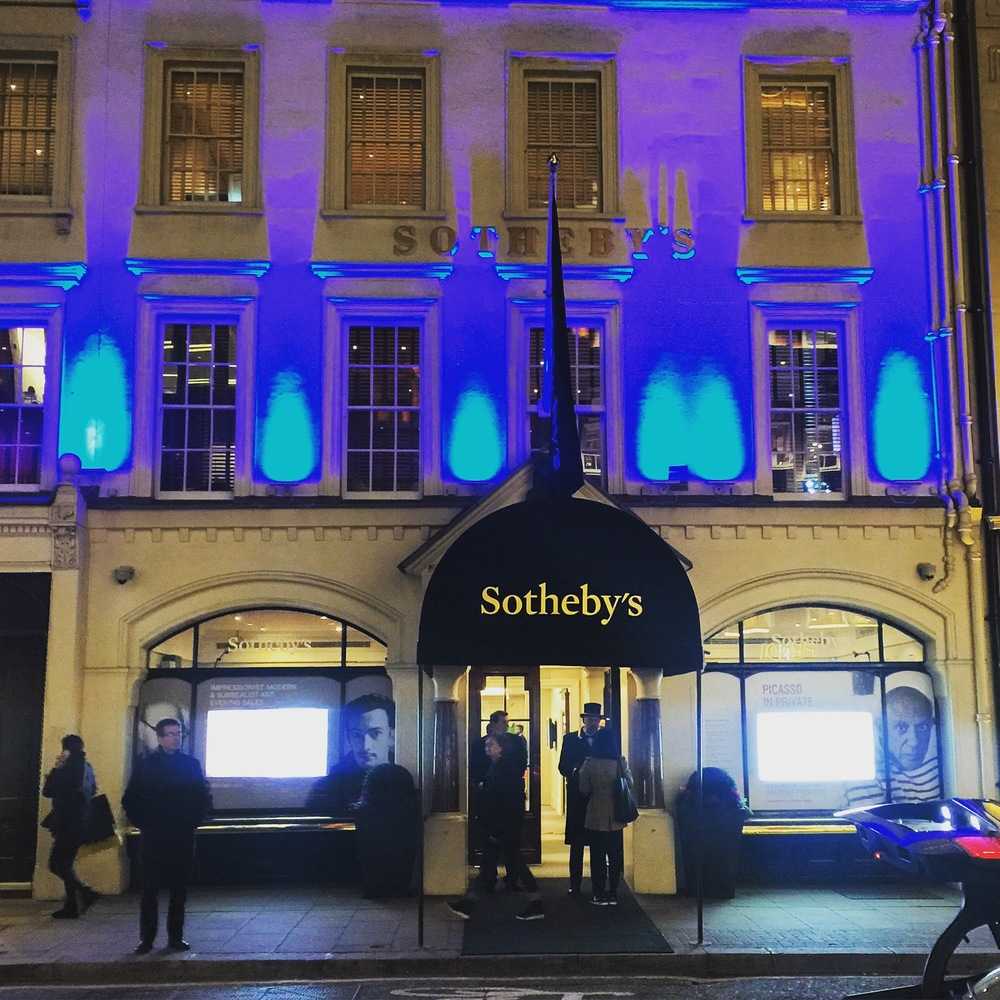 Capturing the scene outside of Sotheby's on the night of my arrival. The quiet on the street sits in contrast to the millions of dollars in art transactions happening inside.