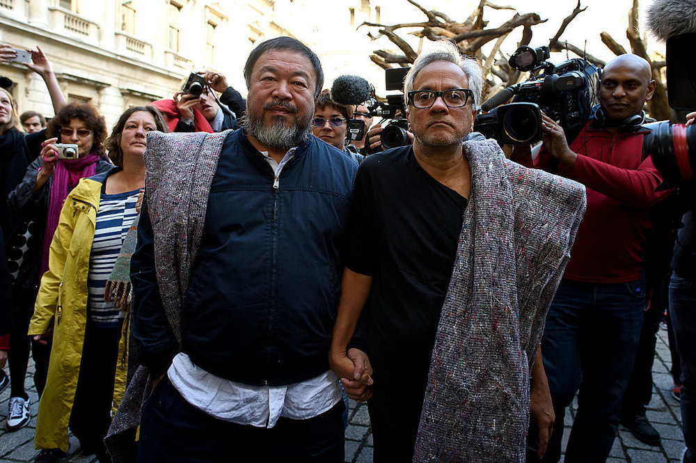 """Anish Kapoor May Drop Out of Yinchuan Biennale Over Exclusion of Ai Weiwei"""