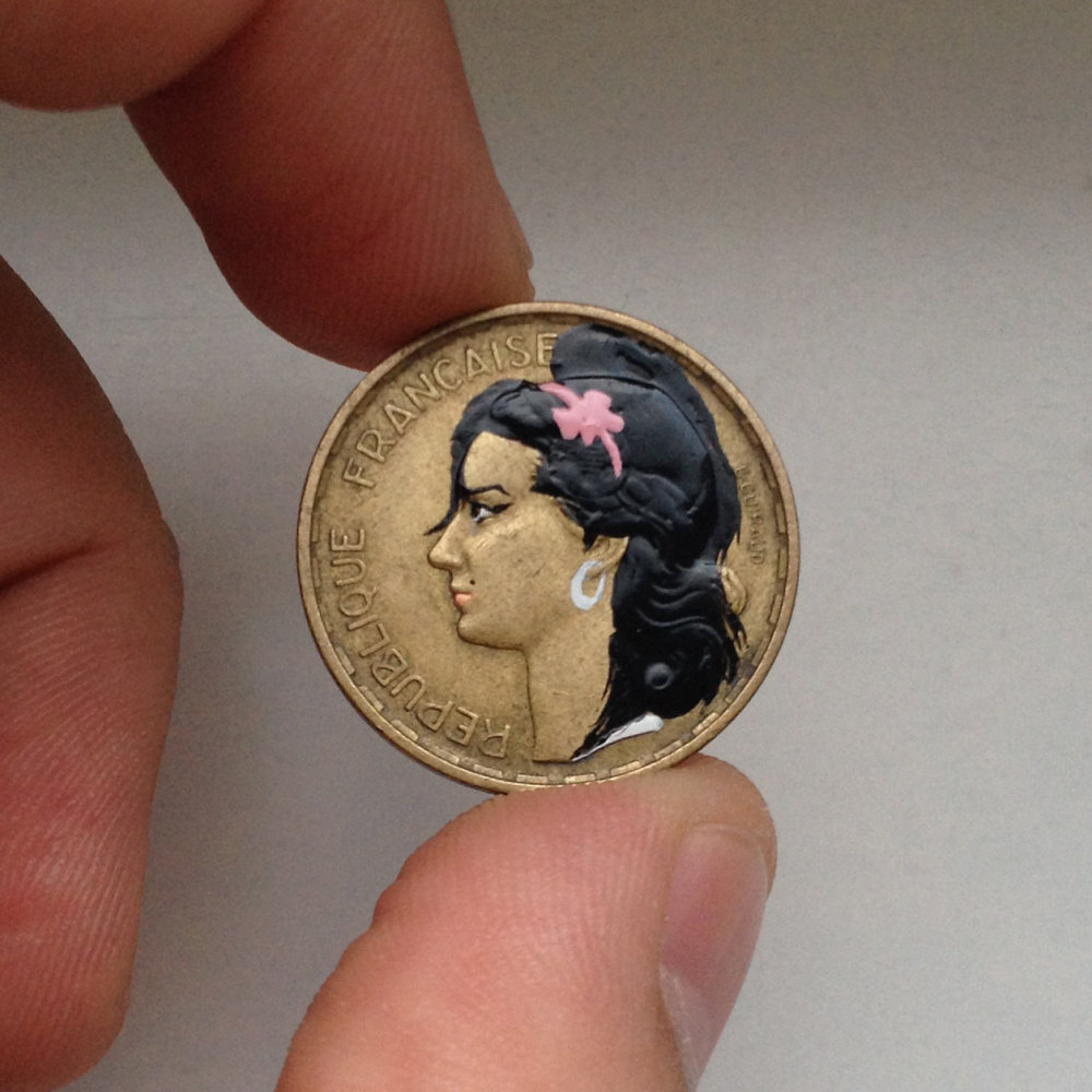 """Savvy Miniaturist Mints Pop Culture Portraits on Coins"""