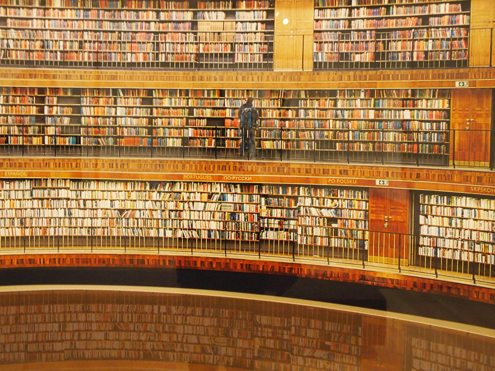 Andreas Gursky,  Library (Stockholm)  1999. Ah, the library.... I want to spend a lot more time in this kind of space in 2017. Gursky celebrates his birthday today, and to check out his tremendous images, see his  website