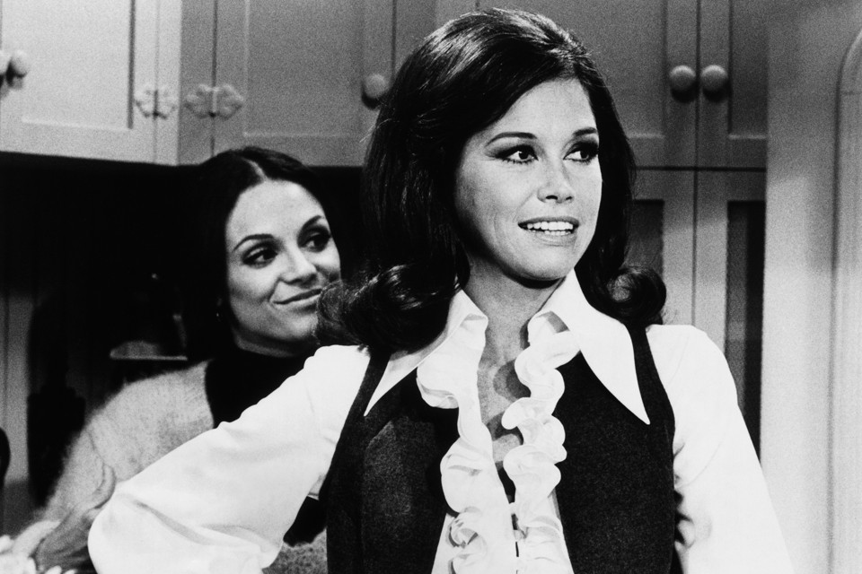 """The Mary Tyler Moore Show and How Sitcoms Moved to the City"""