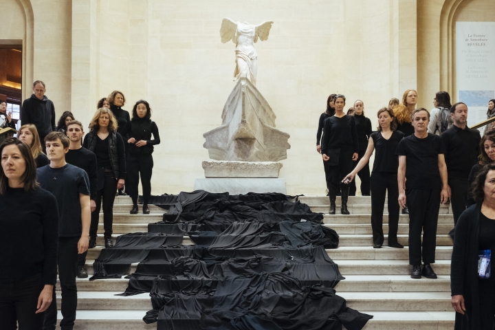 """Activists Spill Symbolic Oil at the Louvre to Protest Its Sponsorship Deal"""