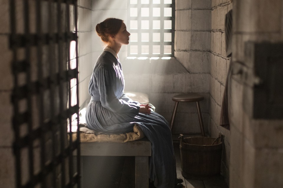 """Alias Grace Is True Crime Through the Female Gaze"""