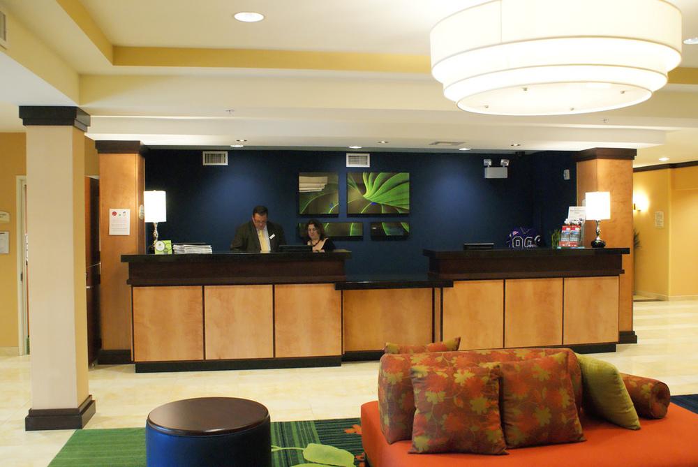 Faifield Inn & Suites