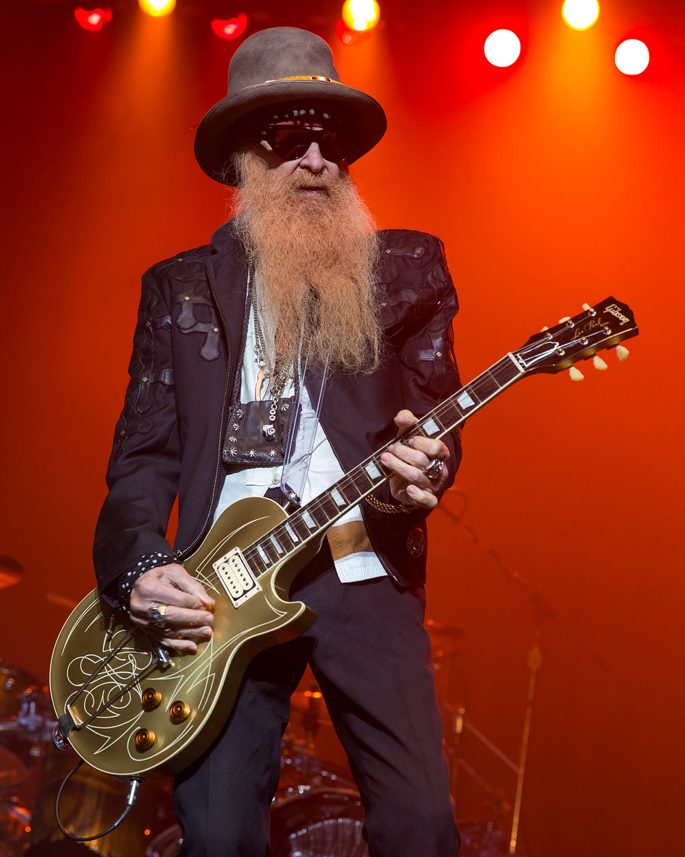 Billy Gibbons - ZZ Top AO Gear: Sarge ZZ Top guitarist Billy Gibbons is unquestionably one of the finest blues-rock guitarists to ever emerge from Texas. Over the course of five classic albums over a six-year span, ZZ Top became one of the country's top rock bands.