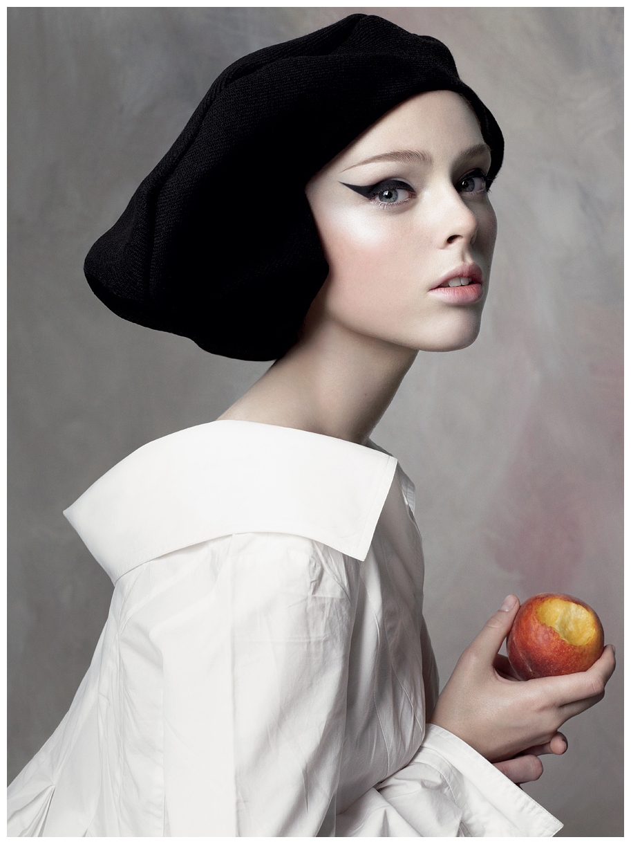 Coco Rocha in a beret
