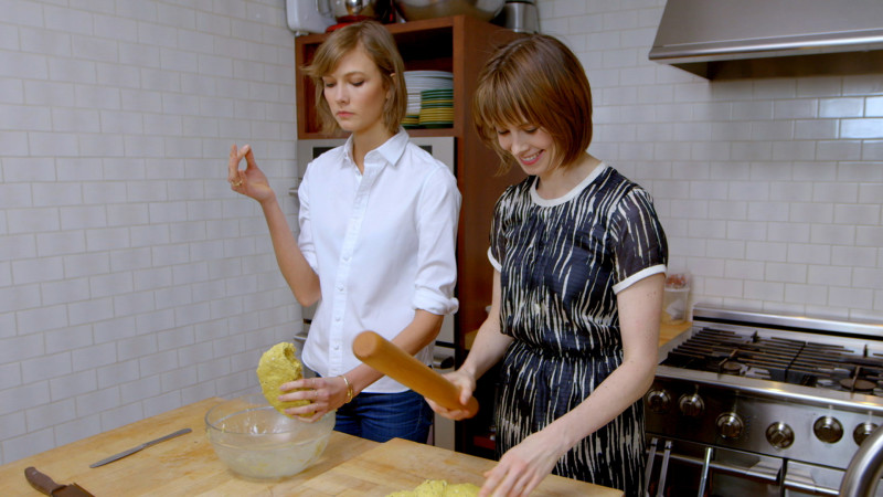 Karlie Kloss and Elettra Weidmann for Vogue - in the kitchen