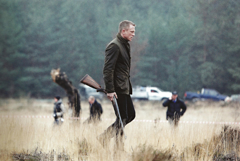Daniel Craig in Barbour Commander Jacket - Skyfall