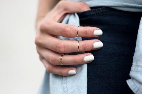 White mani midi rings