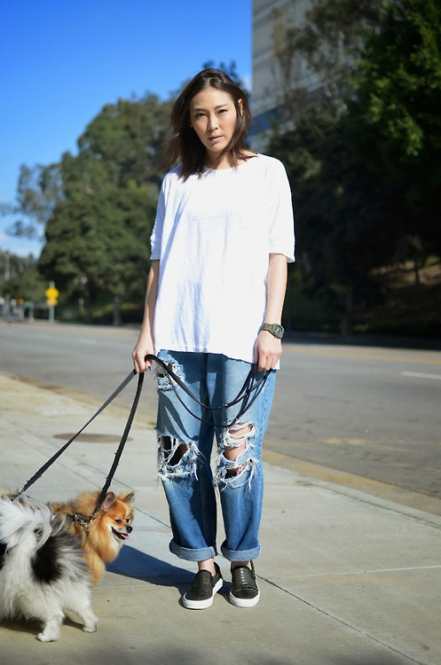 Oversized white tee and boyfriend jeans