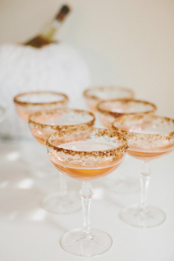 A Signature Cocktail To Greet Guests - Style Me Pretty
