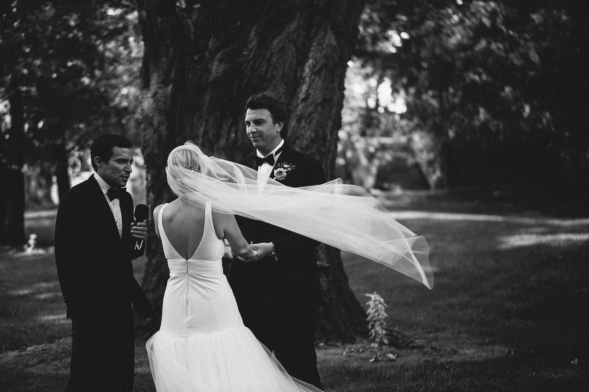 Juliet Cap Veil, blowing in the wind