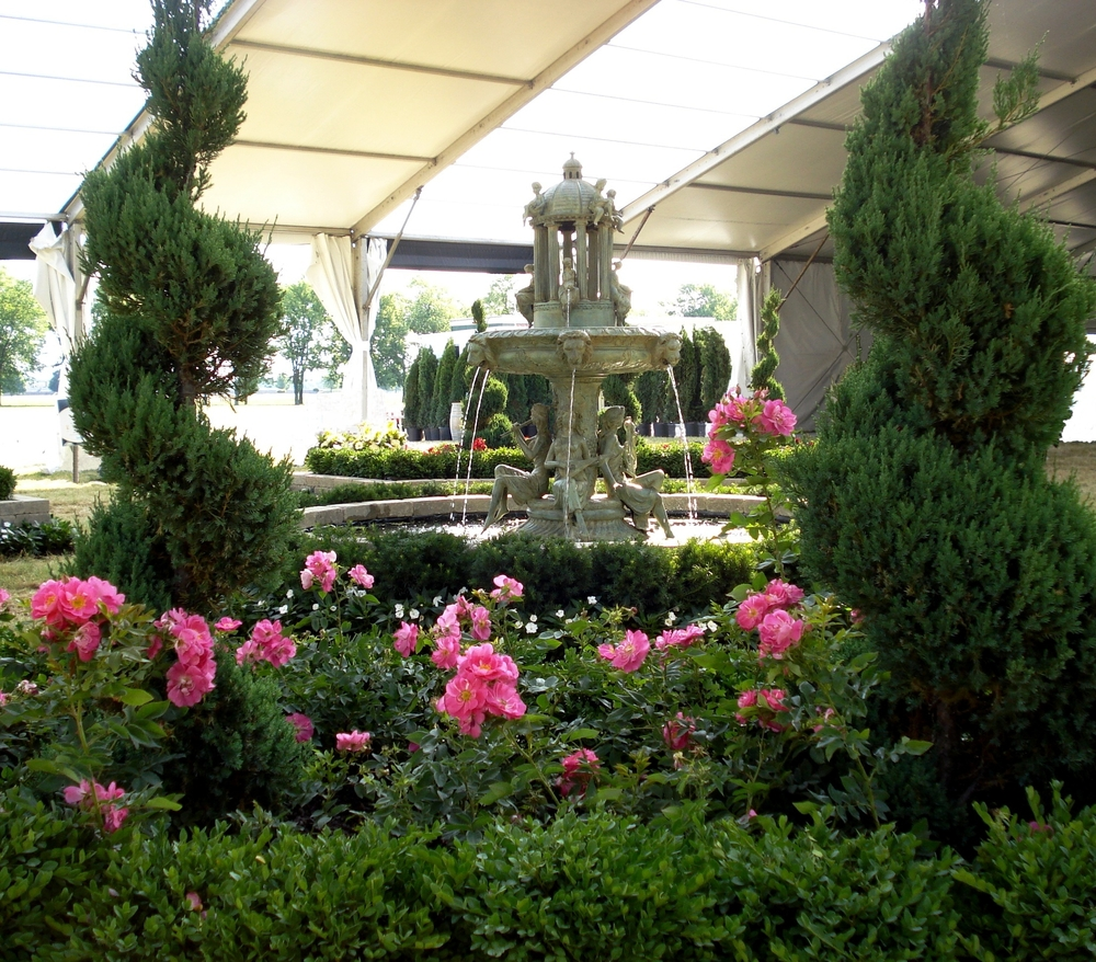 Event Gardens - 3 - fountain 3.JPG