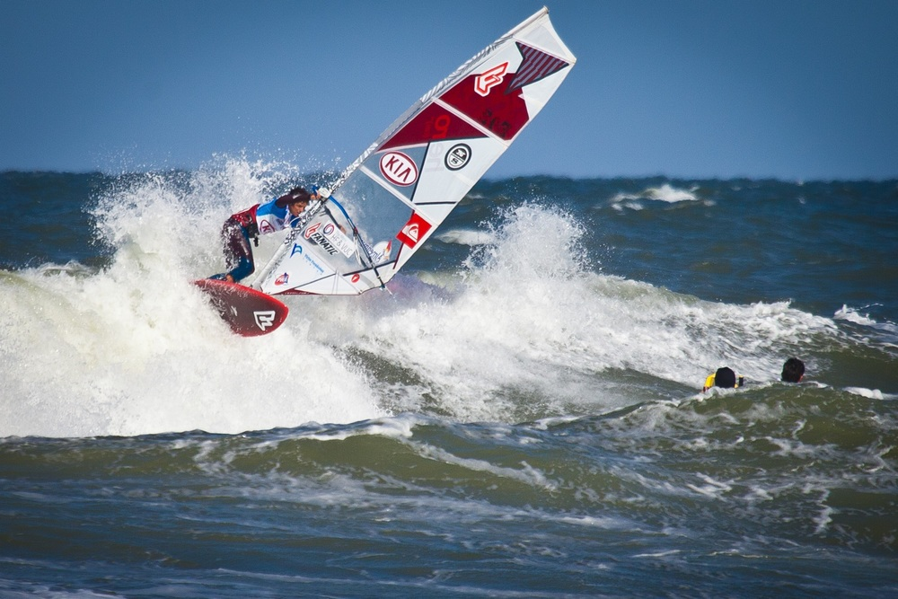 1-day_Victor Fernandez E-42, KIA Cold Hawaii PWA World Cup 2013-2.jpg