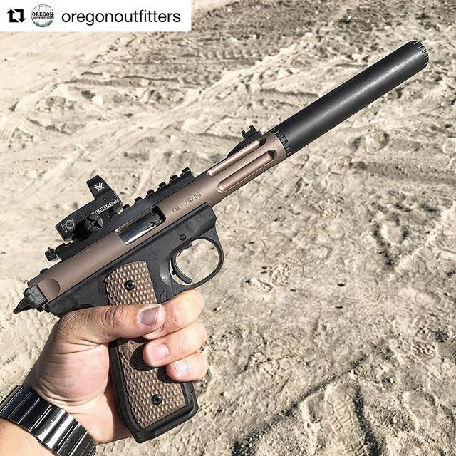 For @oregonoutfitters It all started with an X-Ring barrel for a 10/22. Now it's X-Rings, Pac-Lites, Axiom suppressors and blasting sage rats at 100 yards.
