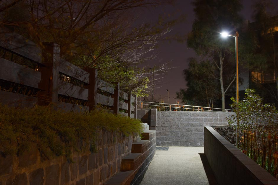 Awaken LED Lumi2 Solar Roadway Light