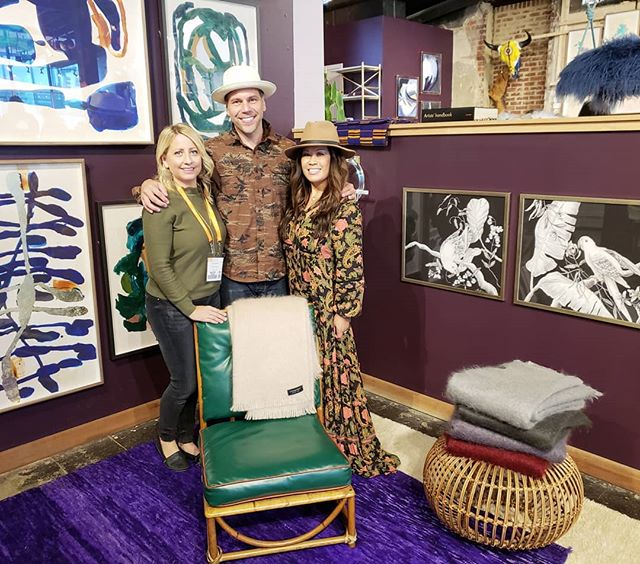 We had the pleasure of meeting Ben the owner of @evangelinelinens and fell in love with his throws and blankets!  Will soon be showing at our No. 15 shoppe, just in time for your holiday shopping 🎁🎄 @no15studio #evangelinelinens #whereismaryanneandjessicatoday #productsourcing #stylespotter #hibnerdesign #no15studio #maine