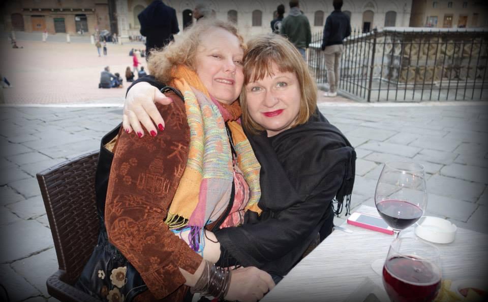 Tuscany2014CarolineLisa.jpg