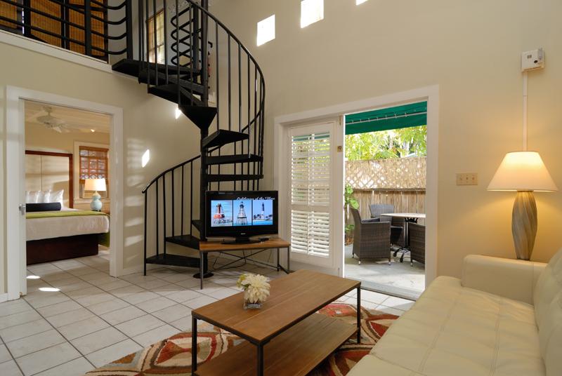 2-Bedroom-Cottage-Merlin-Guesthouse-2015-800x536.jpg