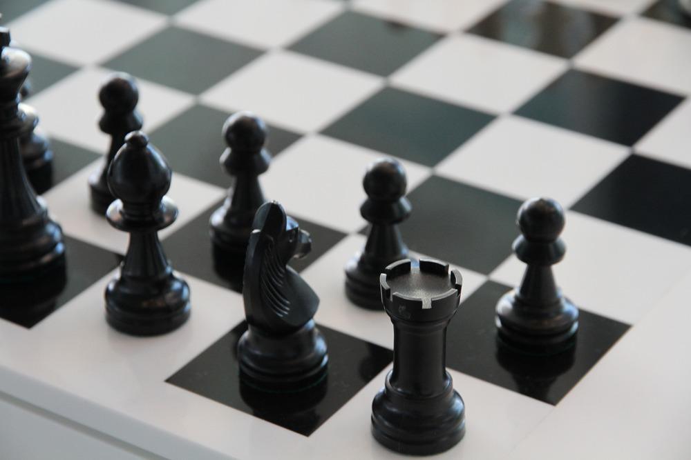 Strategin är lika viktig som taktiken, vare sig det gäller schack eller intranät.
