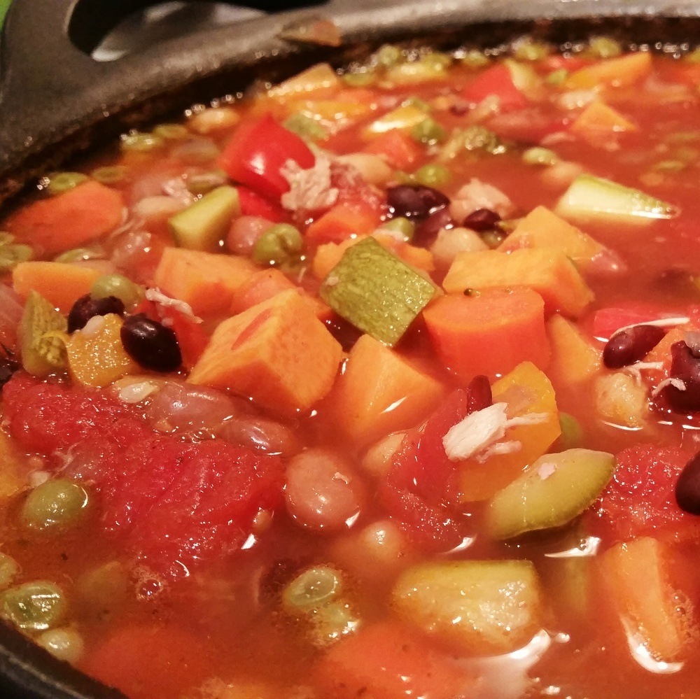 Say hello to my roasted chicken kitchen sink vegetable soup. It was warm and hearty - perfect for cold days!
