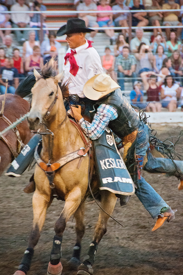 livingston-roundup-rodeo-dodge-cowboy-fourth-of-july-01.jpg