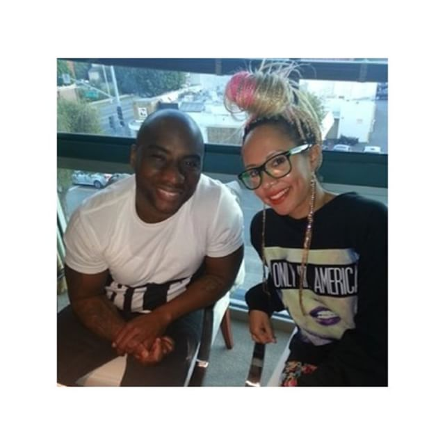 Celebrity Blogger @thejasminebrand rocking her OIA sweatshirt while interviewing @cthagod  #Tbt #OiaBrand  #OnlyInAmerica  #TheBrandWithAStory