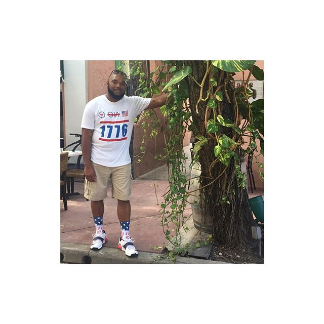 @iam_travish spotted in Miami rocking his OIA Tee.  Www.OiaBrand.Com #TheSupportIsReal  #OiaBrand  #OnlyInAmerica  #TheBrandWithAStory  #RP