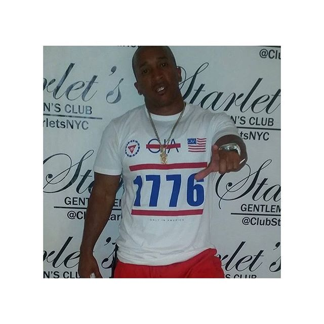 @djaction5050 spotted at the legendary Starlets Rocking his Oia Tee!  Www.OiaBrand.Com #TheSupportIsReal #OiaBrand #RP #OnlyInAmerica #starlets