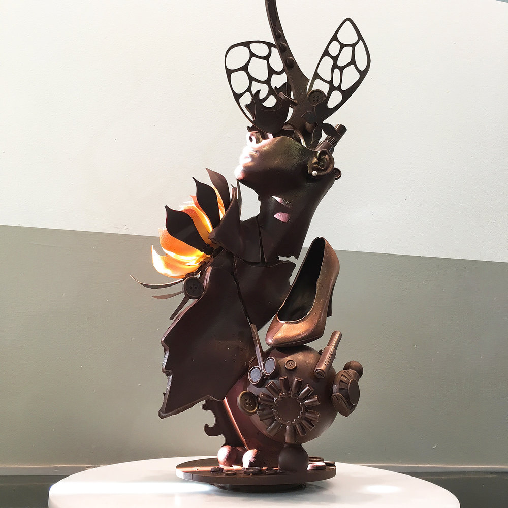 8-4 Chocolate Showpiece.jpg