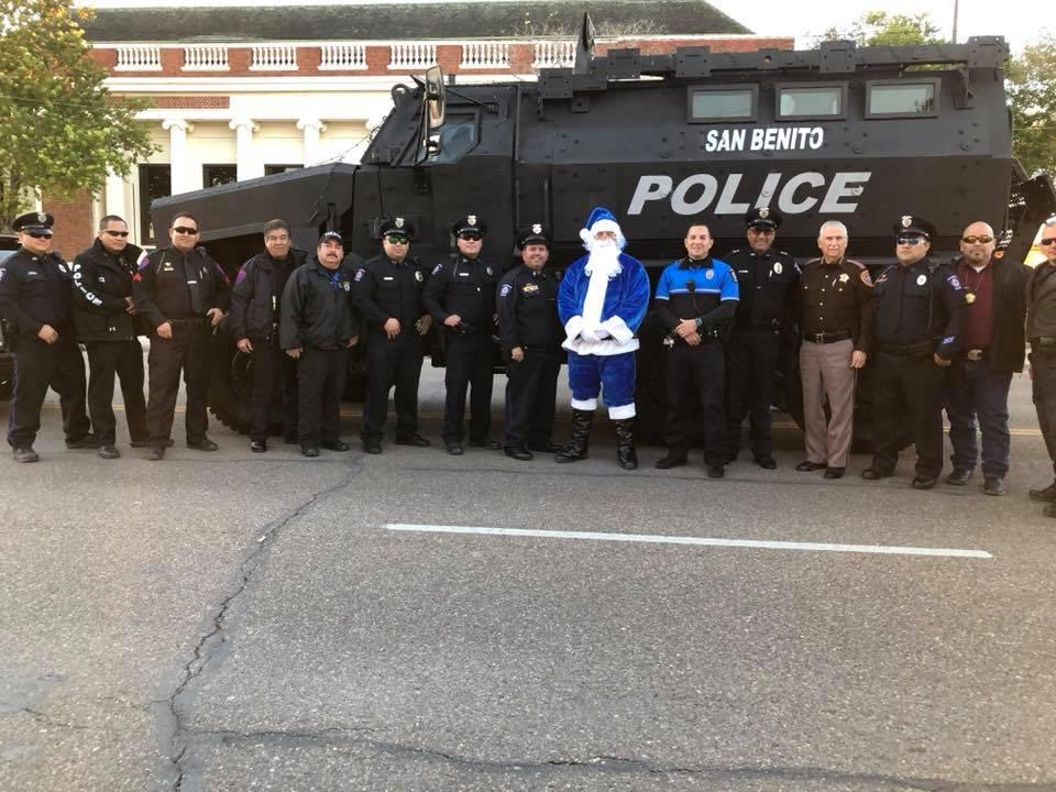christmas parade 4.jpg