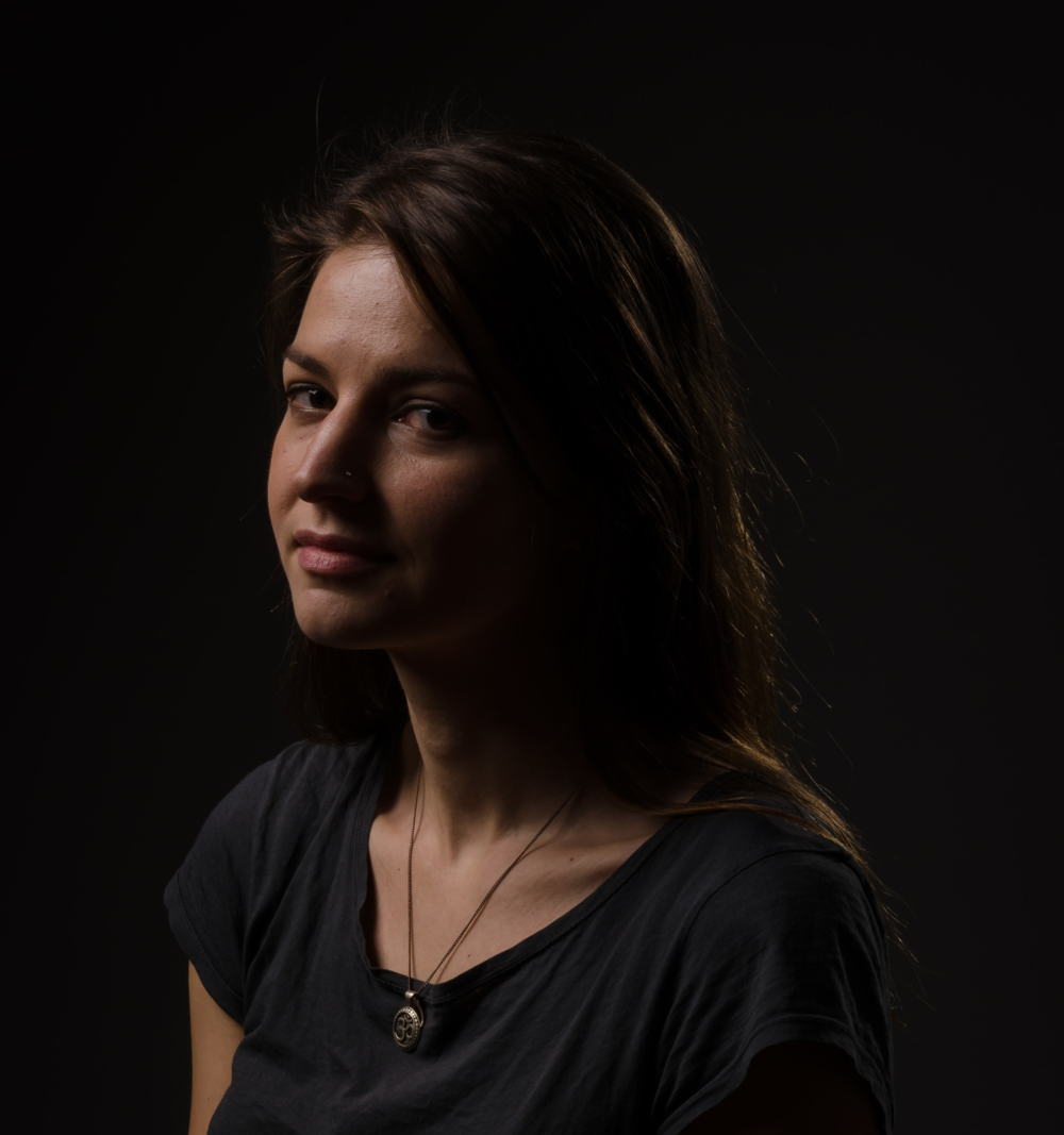 Model 2, 'Rembrandt': one softbox above and to the left with a hairlight in the back right. 1/200, f18, ISO 100, 70mm (24-70 f2.8).