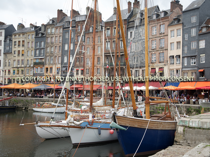 HONFLEUR HARBOUR by Peter Fortune.jpg