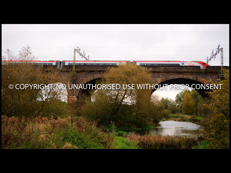 PENDOLINO CROSSING GREAT OUSE by Mike Newman.jpg