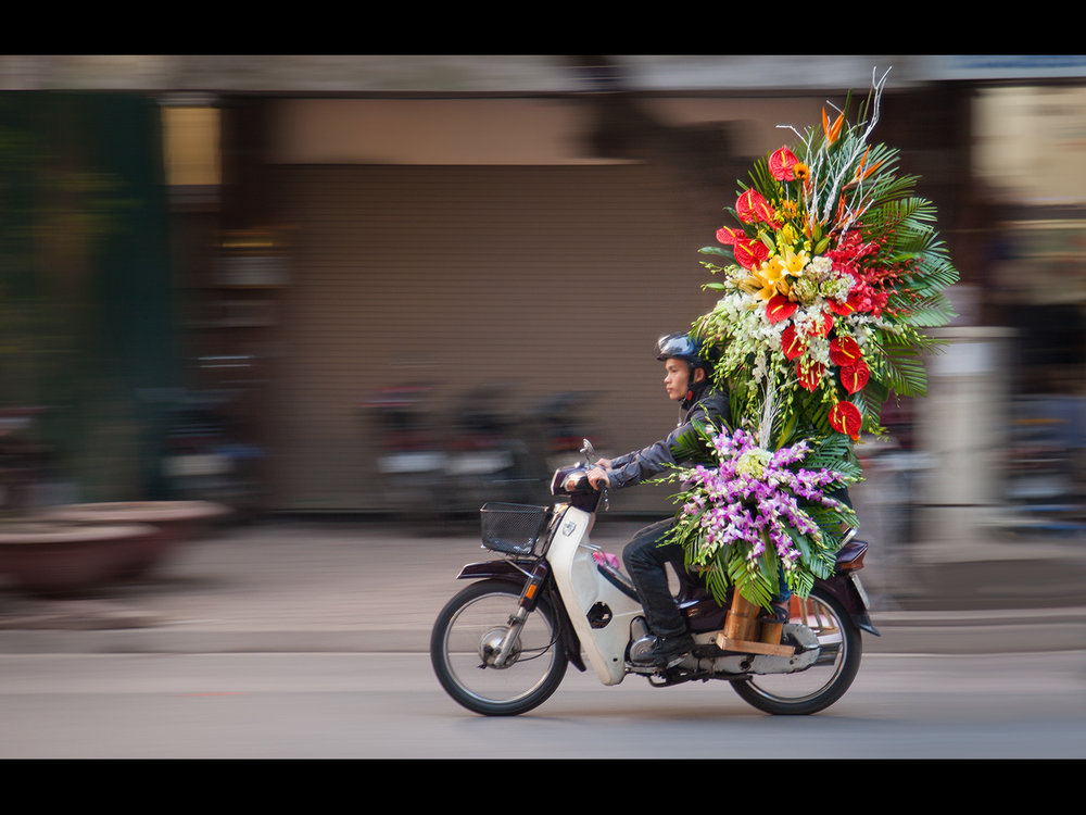 EXPRESS DELIVERY, HANOI by Simon Raynor.jpg