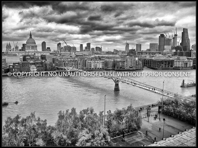 LONDON FROM TATE MODERN by Tony Crabtree CPAGB.jpg