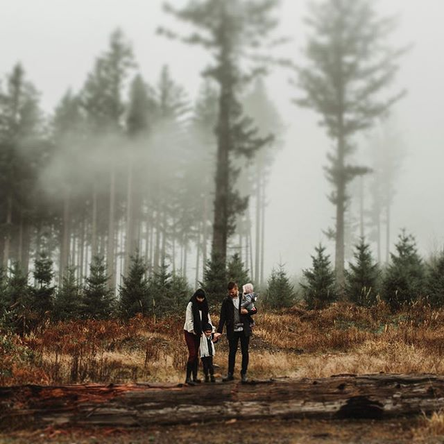 This beautiful family rocked our shoot! It was freezing cold and a little rainy, but these kiddos still had a great attitude and held on until the very end 🖤 . . . . #authenticlovemag #belovedstories #portlandphotographer #oregonphotographer #washingtonphotographer #washingtonlopement #portlandweddingphotographer  #Californiaelopement #destinationphotographer #destinationweddingphotographer #weddingdayready #jessiechristensen #wildelopements #heyheyhellomay #dirtybootsandmessyhair #adventurephotographer #justalittleloveinspo #pnwedding #pnwphotographer #radlovestories #thewildbride #indiebride #loveandwildhearts #intimatewedding #momentsovermountains #togetherjournal #unconventionaltogs #wanderingphotographers #couplesphotography @wanderingphotographers @dirtybootsandmessyhair @radlovestories @adventurebrides @loveandwildhearts @authenticlovemag