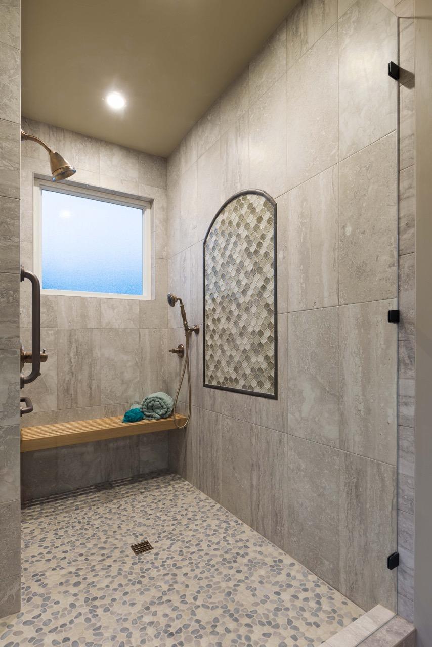 HarborDr-Bath-Closet-4.jpeg