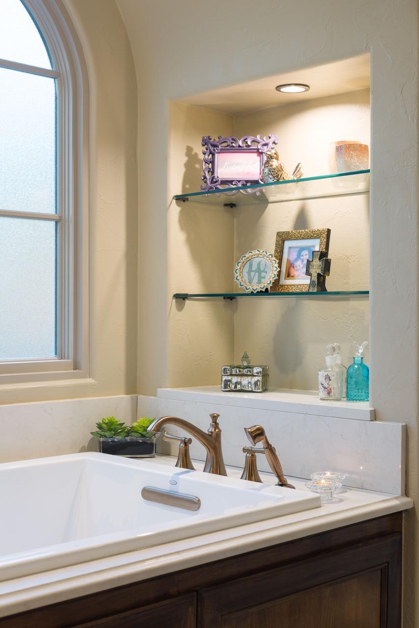 HarborDr-Bath-Closet-6.jpeg