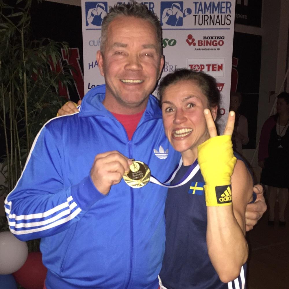 Coach Petri och Lise , glada och nöjda efter kanon prestation 👊