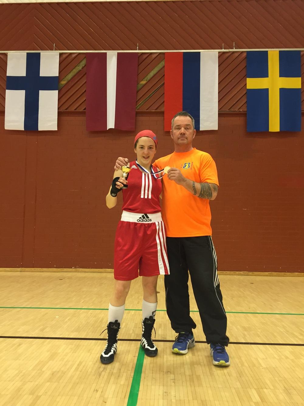 Mia och stolt Coach Perkele
