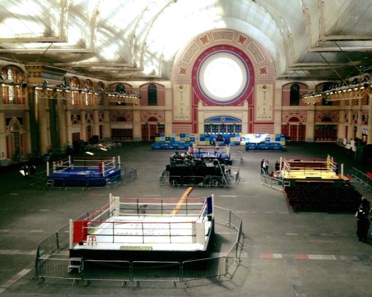 4 ringar och över 400 boxare , i morgon börjar det !