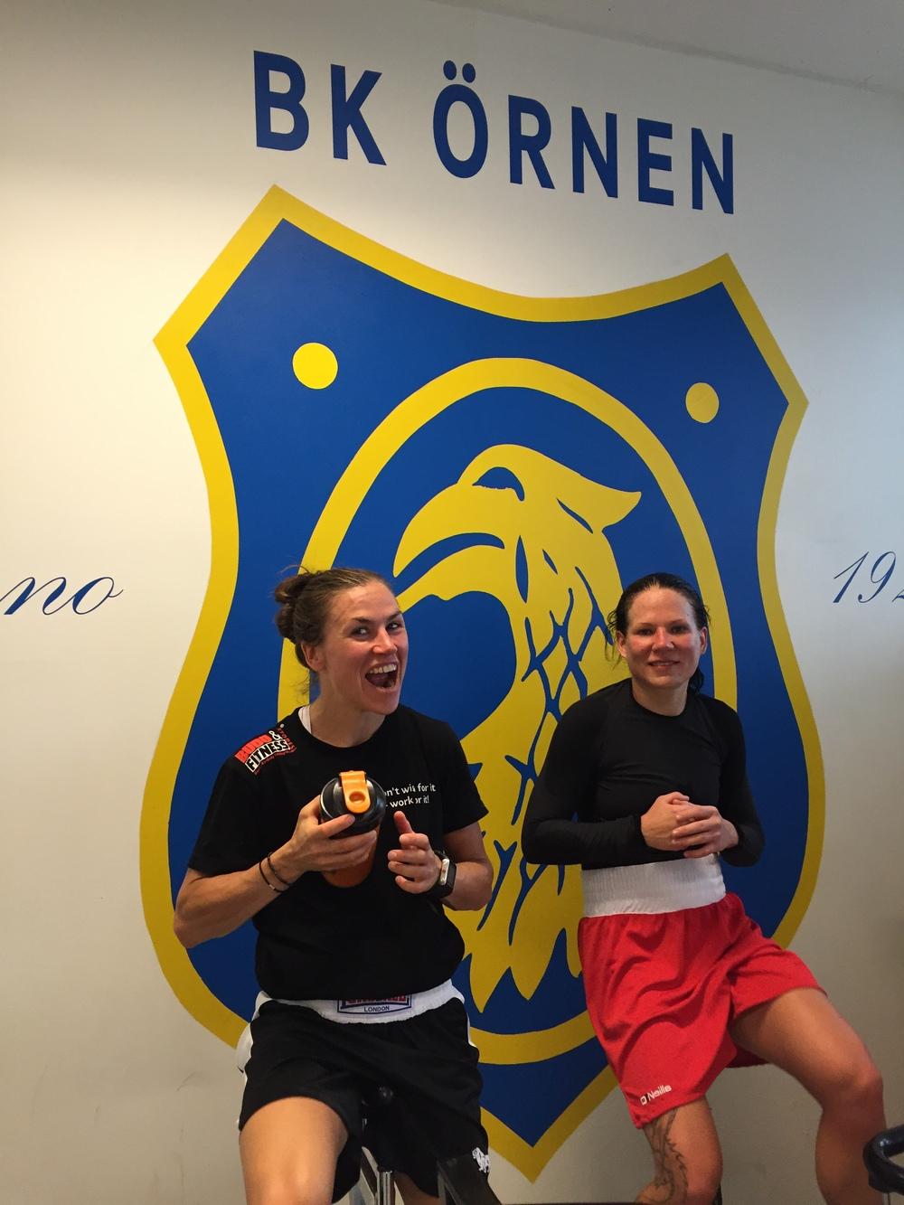 Lise och Satu körde riktigt bra och tuff sparring !