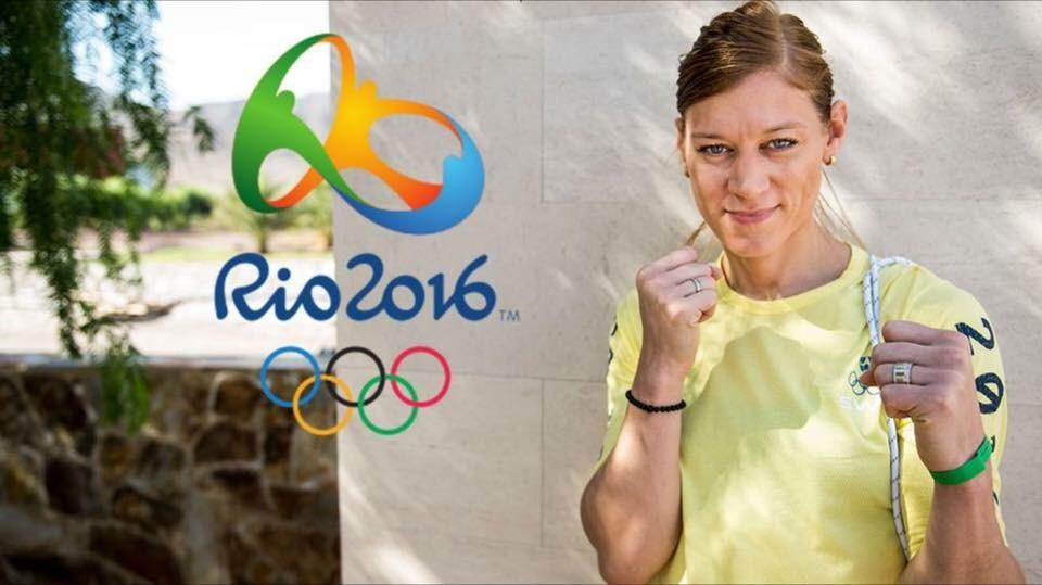 Anna Laurell Nash , 2 VM Guld , 3 EM Guld , 7 SM Guld , deltagit OS London. Hon har sett första Tjej VM , EM och deltagit första OS för tjejerna . Nu ska hon till andra OS , OS Rio. Lycka till Anna vi Team Perkele och Örnen bockar och bugar för dig <3