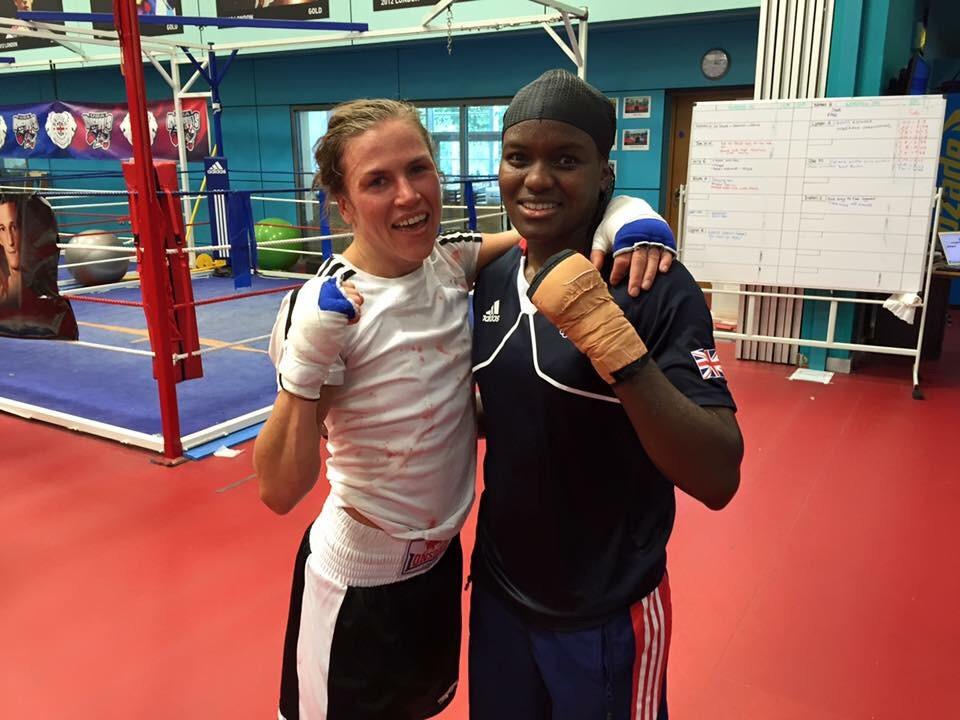Uppdragsparring med OS Guld medalisten Nicola Adams.