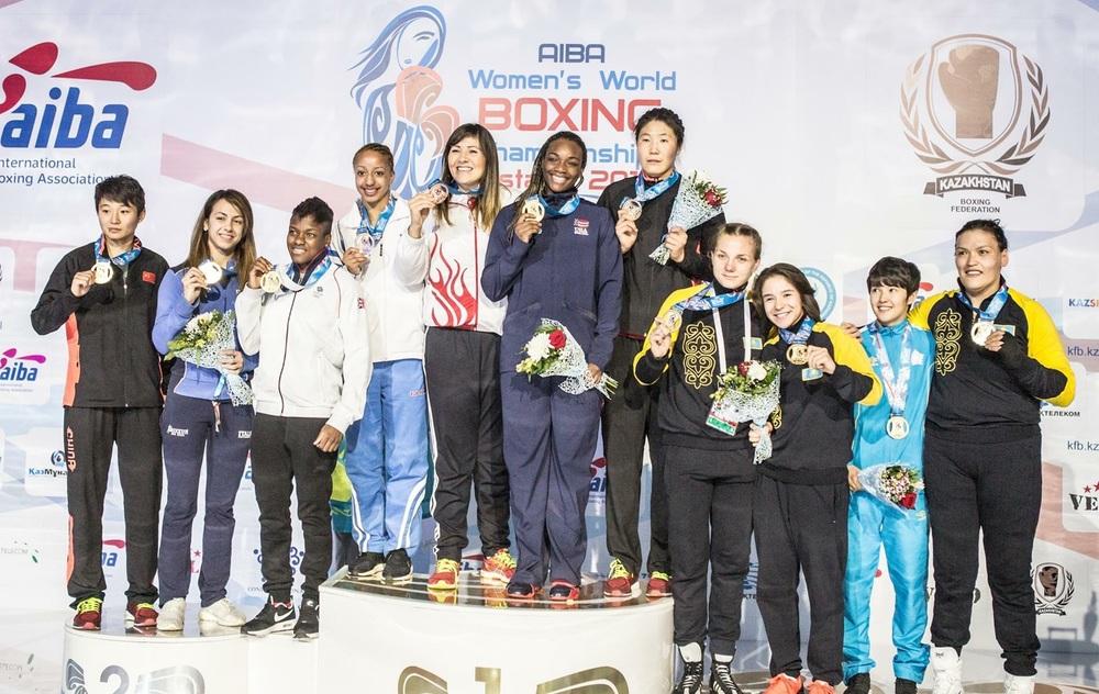 Vi lyfter hatten av för alla kvinnliga Guld medallister som har presterat så fin boxning.